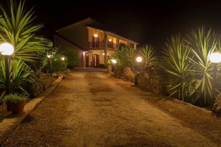 Il Bracco B&B - Camera doppia Ginestra - Partinico - Bed & Breakfast