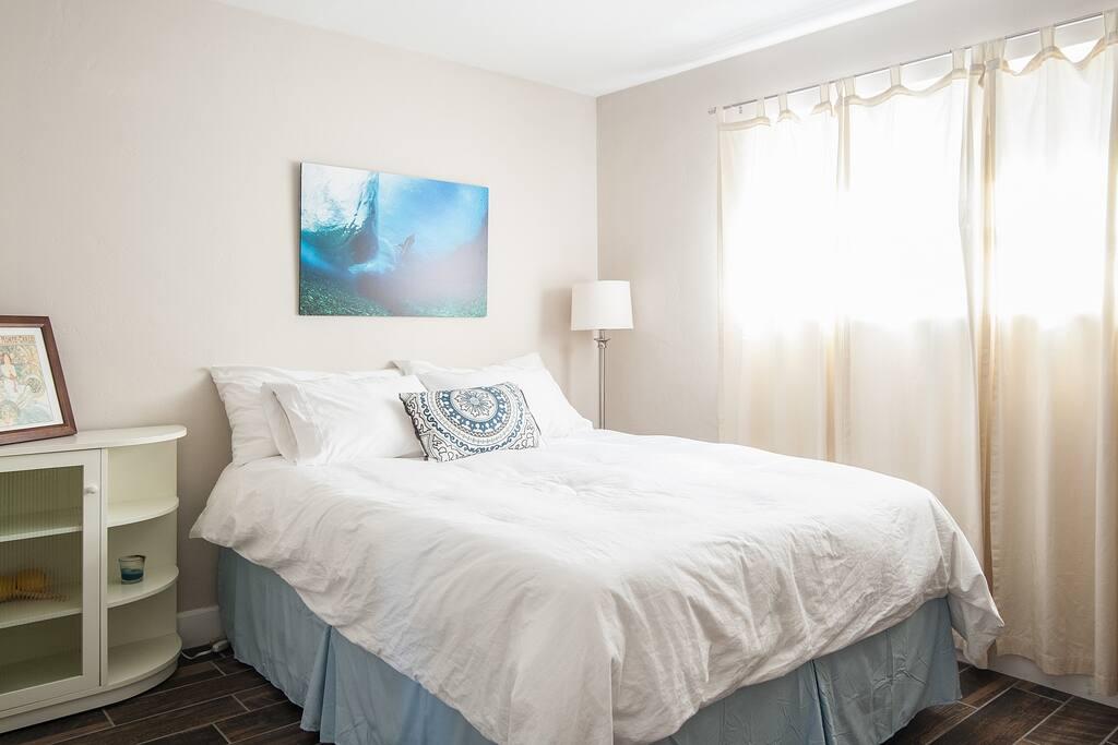 Queen Bedroom with plenty closet space.