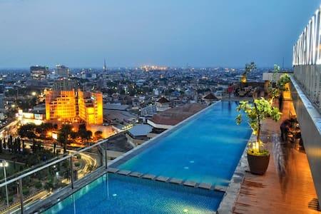 Louis Kienne Apartment Simpang  5 (W/R) 2