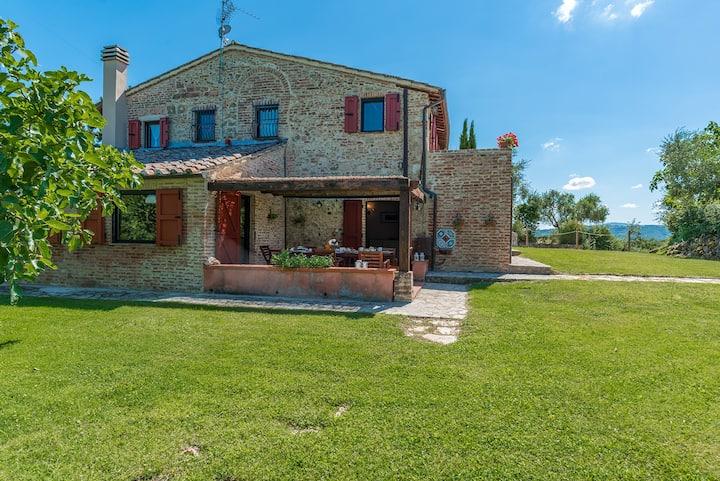 Melogranino Farmhouse
