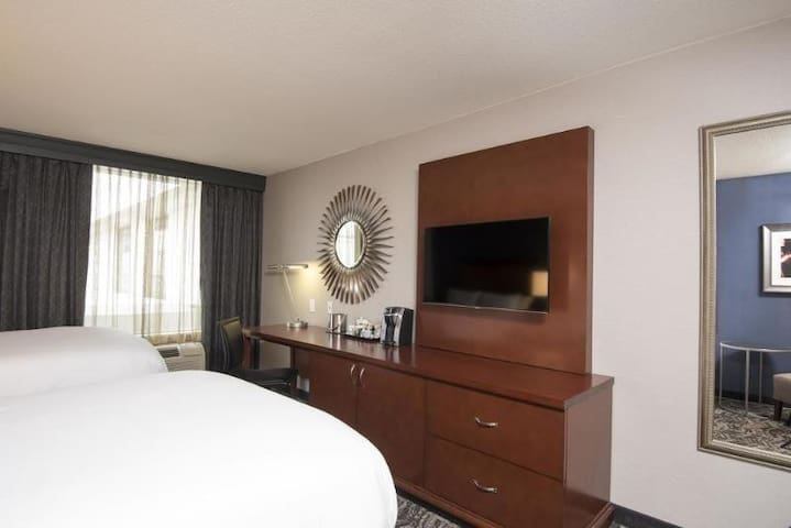 Divine Double Bed At Albany
