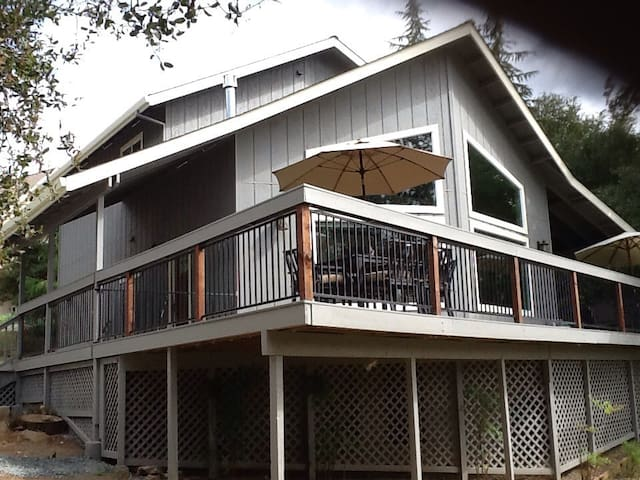 Pine Mountain Lake Home 25 min from Yosemite - Groveland-Big Oak Flat - Talo