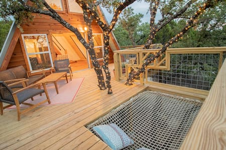 THE HIVE by Skybox Cabins