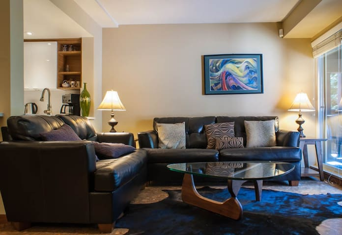 Deluxe Family Accommodation in Whistler Village, Private Hot Tub, Pool Area