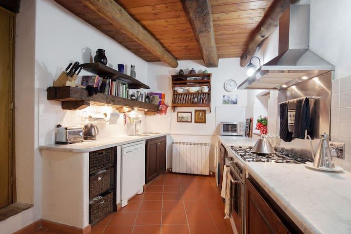 IL SORRISO - Debico, Fivizzano - Maison