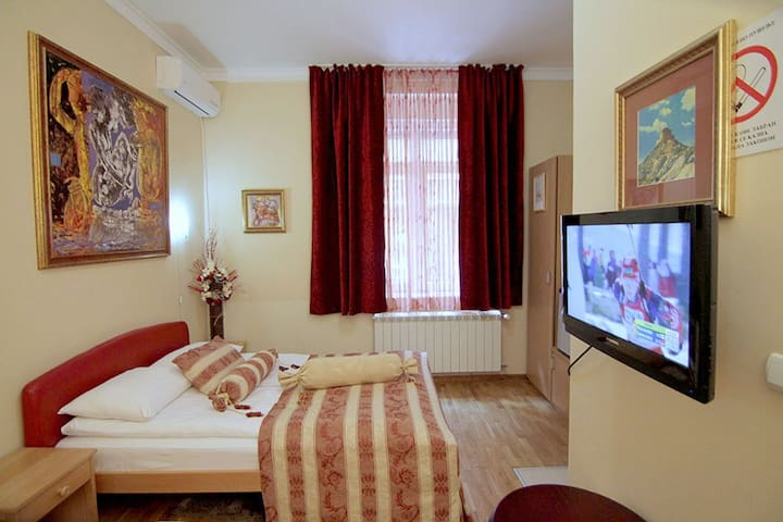 Great place - Beograd - Bed & Breakfast