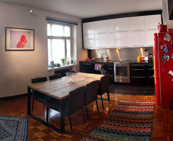 Beautiful apartment close to everything - Tampere - Departamento