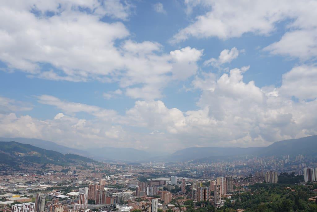 Panoramic View // Vista Panoramica