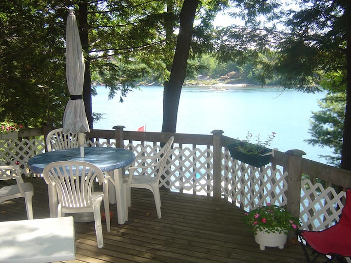 Island Cottage near Killbear park in the 30,000 Is