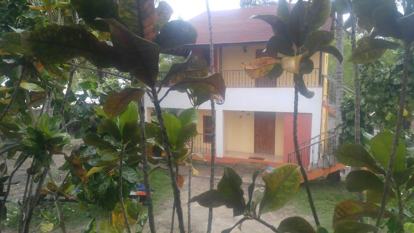 Villa Nadine Casitas