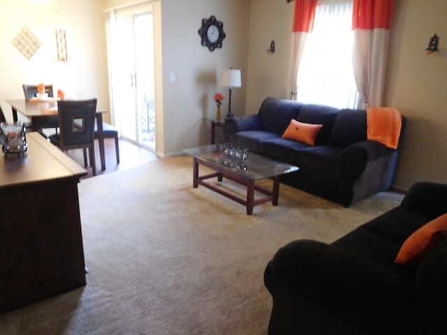 504B Family Suite At Whispering Meadows Apts.