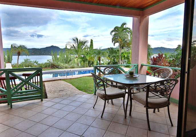 Beautiful Pool OceanView 2Bd Amazin - Playa Flamingo - Apartmen