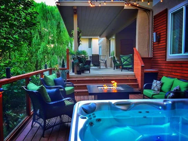 Large 2BR Private Suite w/HOT TUB!