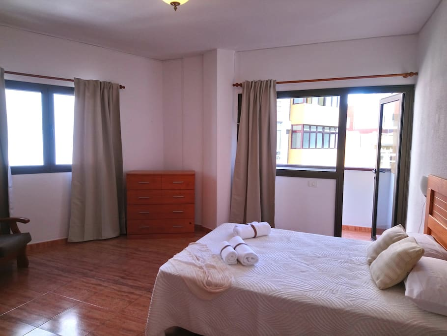 Large Bedroom 1 with balcony
