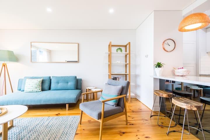 Bright & Stylish Cottage in Adelaide CBD