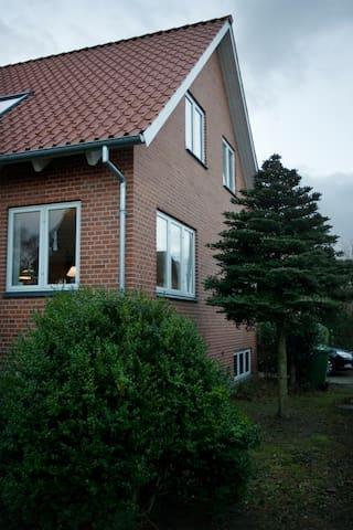 Beautiful villa in Holstebro - Holstebro - Dům