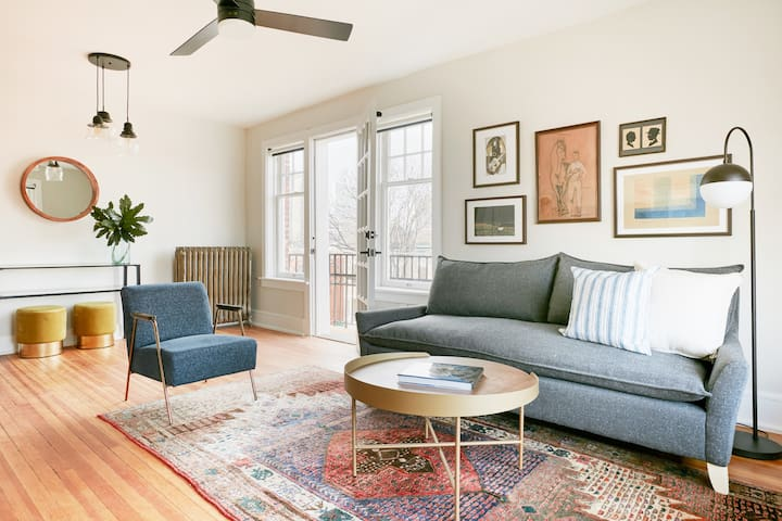 Sonder | The Essex |  Airy 2BR + Balcony