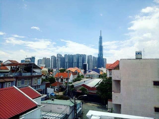 English Teacher/Expat homestay room 1