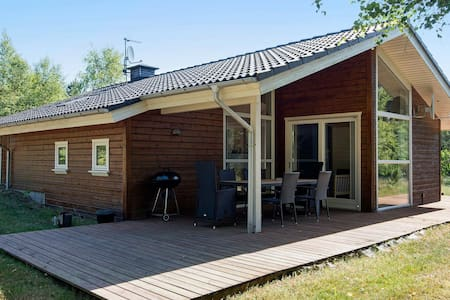 Cosy Holiday Home in Jutland with Whirlpool