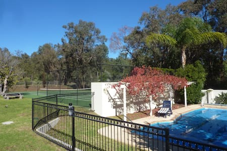 Cockatoo Hills Apartment - Parkerville, Perth Hills