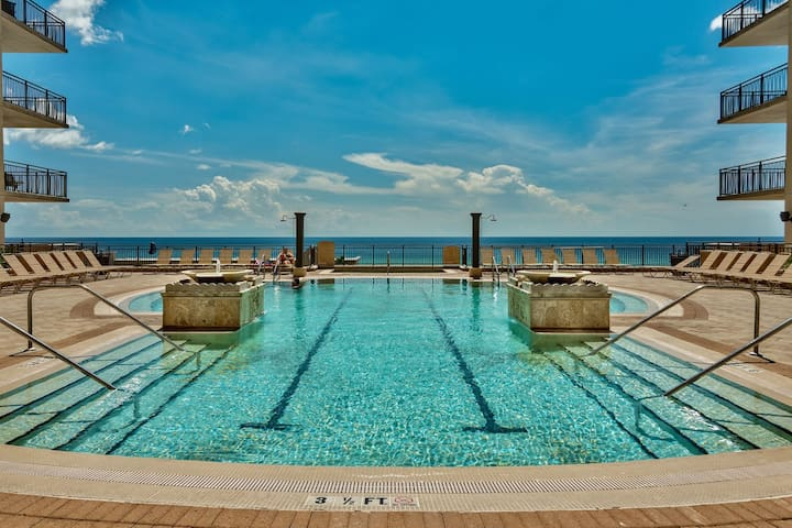 Origin at Seahaven 825- Avail 4/23-4/28* *RJ Fun Pass* Across Street Fr Beach! - Panama City Beach - Apartment