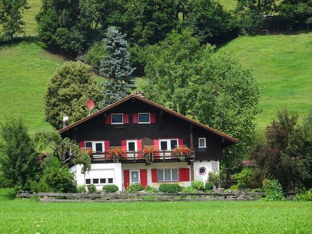 Alpen Wandern Wellness
