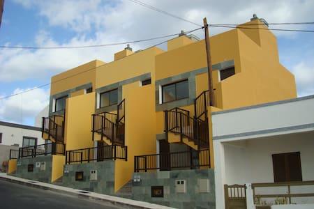 APARTAMENTO LA CALETA - La Caleta - Apartment