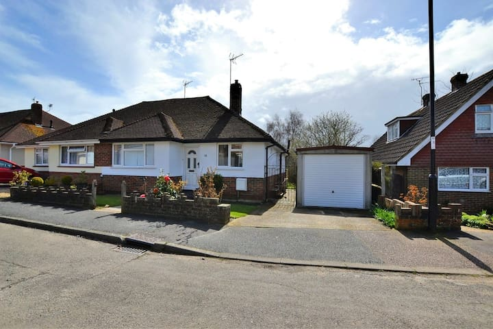 Bungalow in Burgess Hill