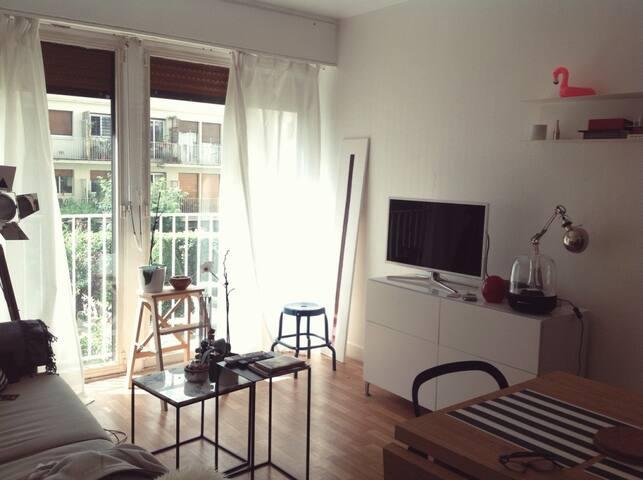 Charming  studio  in Paris 16 eme
