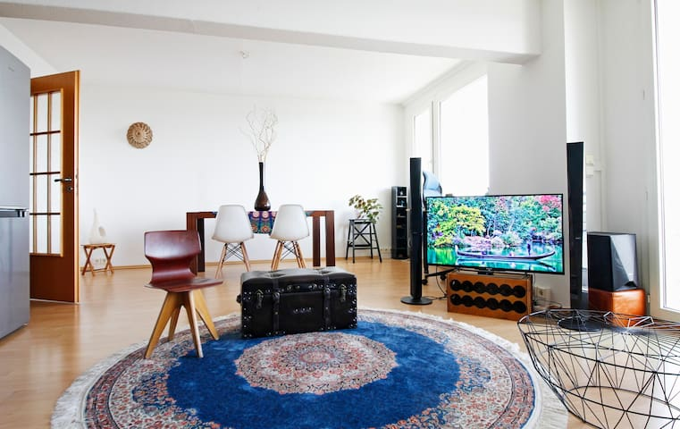 Fabulous flat on 22nd floor with a panoramic view - Berlin - Leilighet