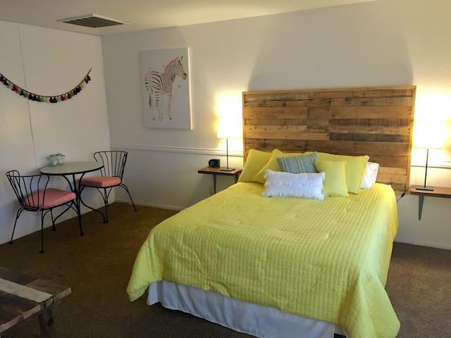 Studio apartment in Oakhurst #2 - Oakhurst - Appartement