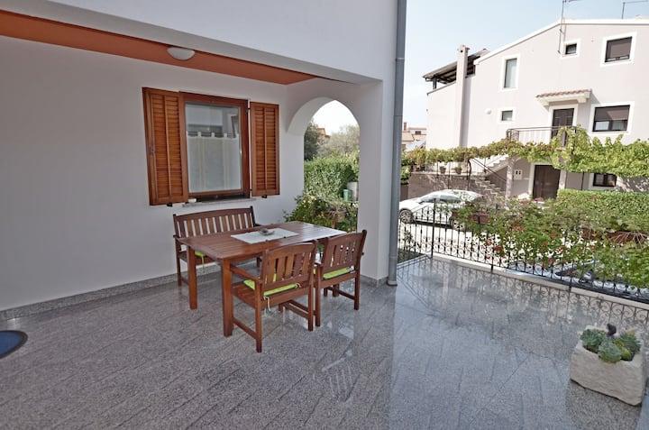 Appartamento con una camera da letto, al mare, a Fasana (Fazana), Il terrazzo