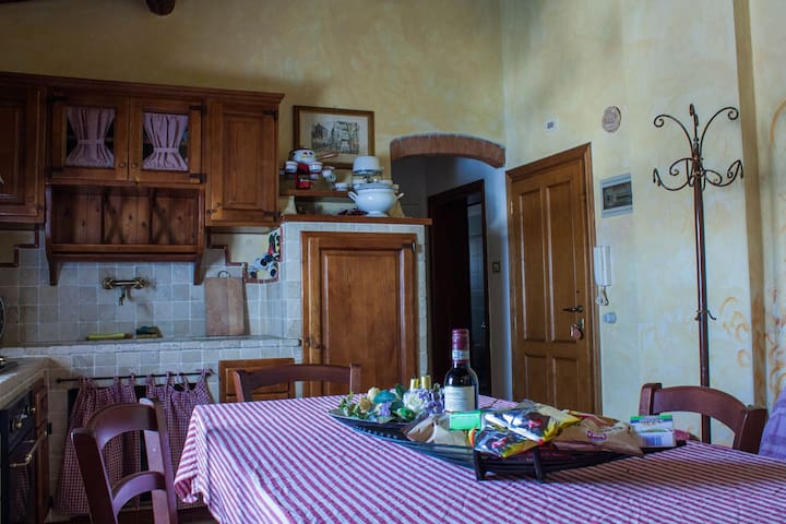 Small Lovely Apartment in Tuscany