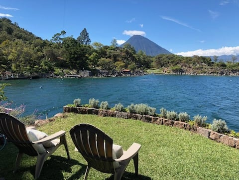 Amazing house at Lake Atitlán: Lally House