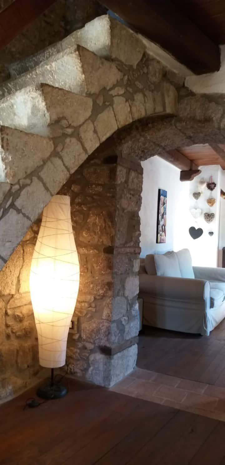 Piccolo Castello nel borgo Medievale