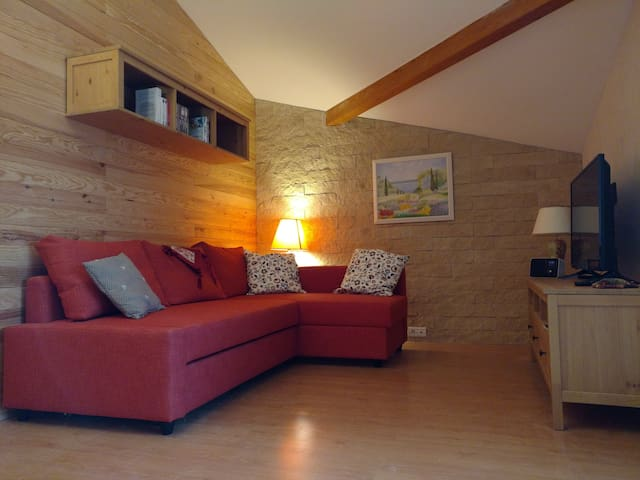 TARA - 4* chalet spirit apartment - Swimming pool - Collonges-sous-Salève - Leilighet