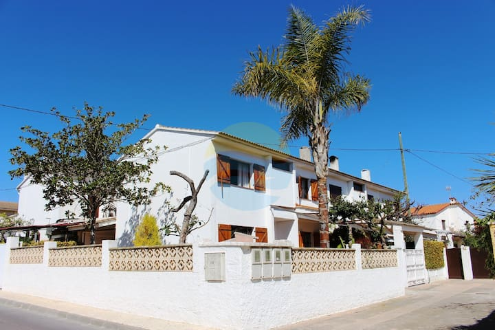 Beautiful house right by the sea - Vinaròs - Huis