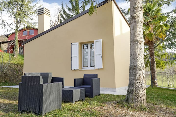 Appartato Holiday Home in Force, Ascoli Piceno con giardino