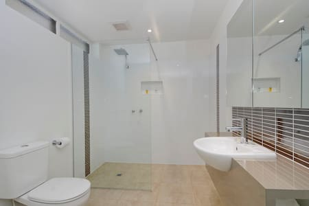 Standard Basic Room-All what you need - Traralgon