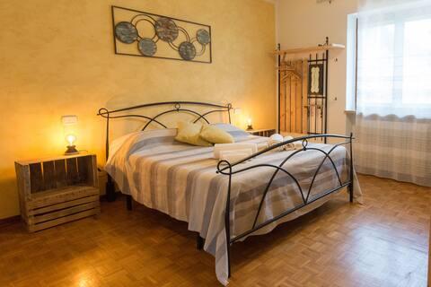 Agrifavo/Camera vicino Lago di Garda e Monte Baldo