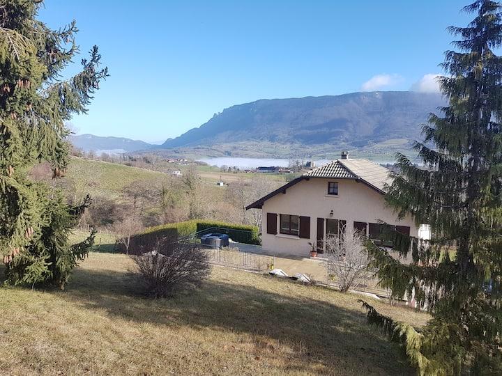 Chambre privée dans maison avec vue sur montagnes