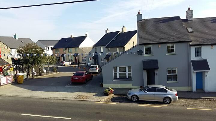 No 5 Rossaor, Main Street, Ballyliffin