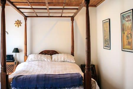 The Granary Loft - Master Double Bedroom - Dublin