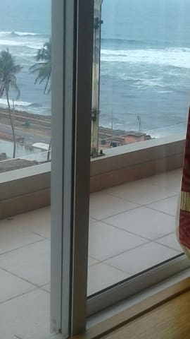 Colombo sea view serviced apartment - Colombo - Daire