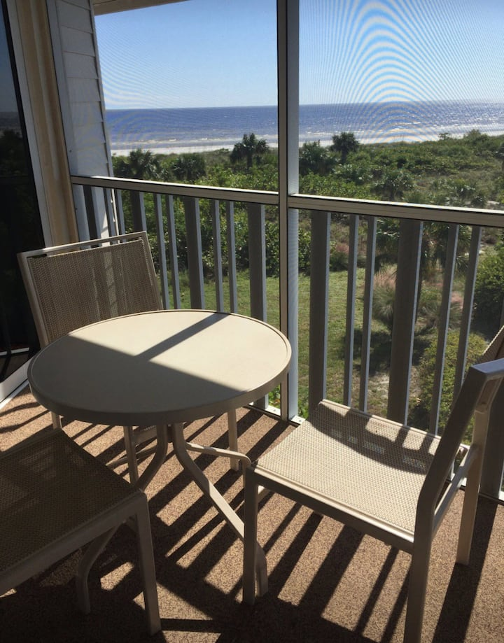 Shell Island Beachfront Condo Avail. Nov. 7-14