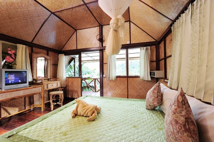Lovely Double Bungalow with Air Con on Phi Phi!