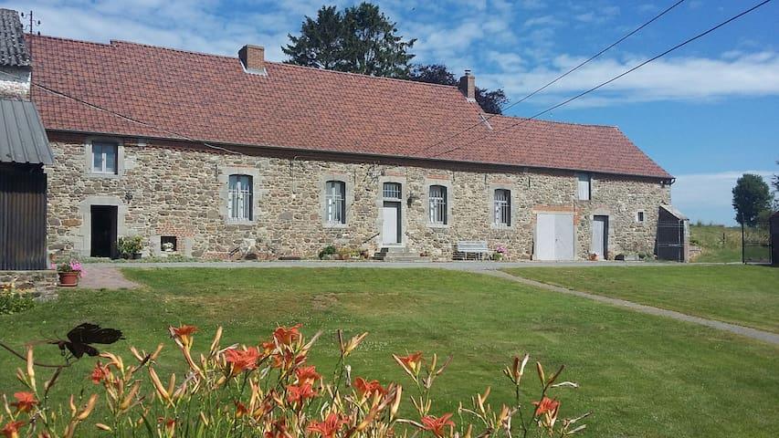 Maison spacieuse et confortable à la campagne