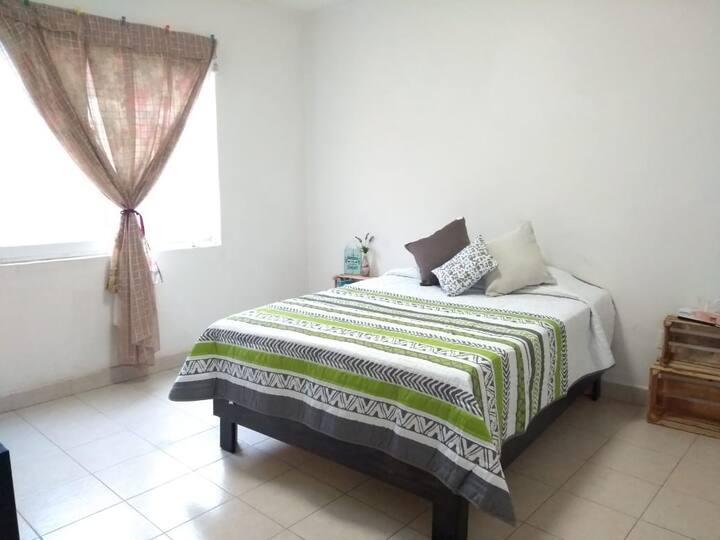 LOS SANTOS Private room W/ bathroom & terrace