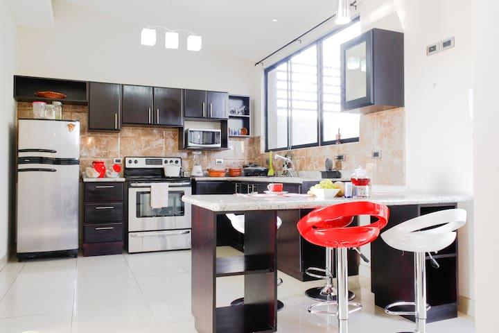 Habitación privada con desayuno - Guadalupe - Apartamento