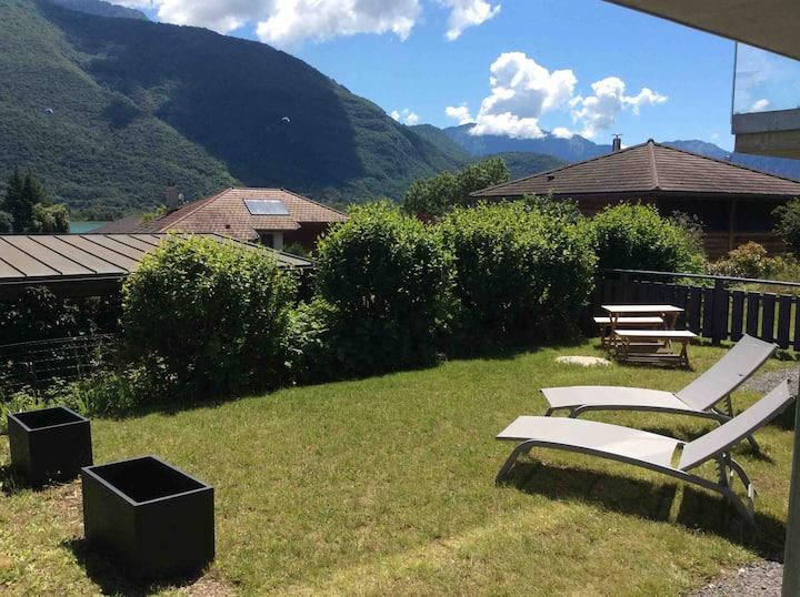 Appartement avec jardin à 200 m du Lac d'Annecy